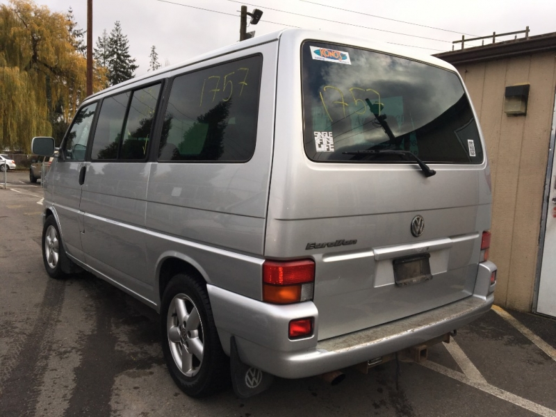 Volkswagen EuroVan 2001 price Sunday Auction Dec. 15th@11am