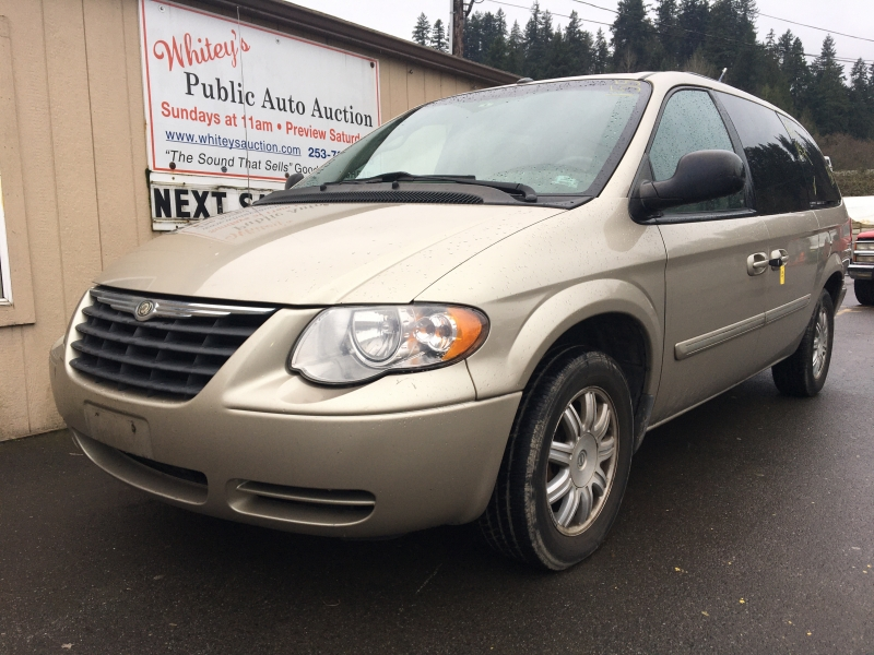 Chrysler Town & Country LWB 2007 price