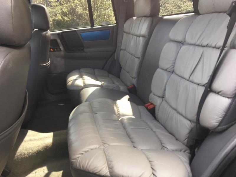 Jeep Grand Cherokee 1995 price $400 Starting Bid