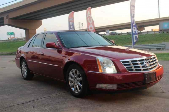 2008 Cadillac DTS Luxury Low Miles