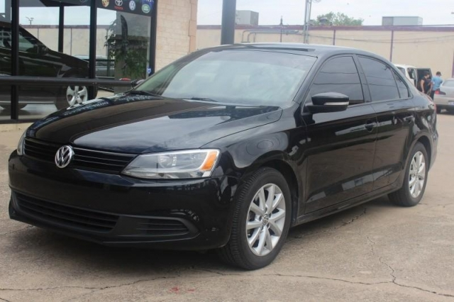 2012 Volkswagen Jetta Leather