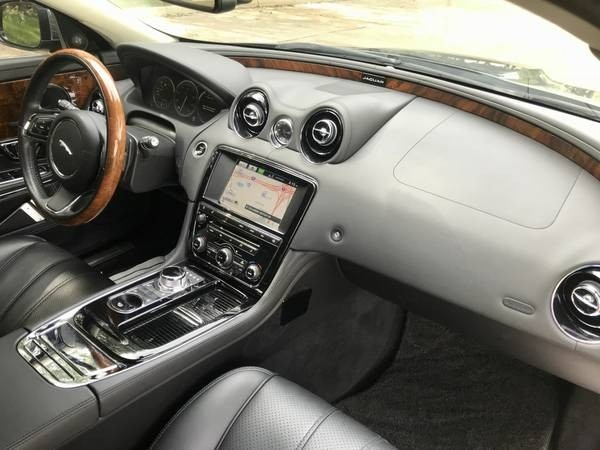 Jaguar XJ Supercharged, One owner, Navi/Bck up camera 2014 price $19,996