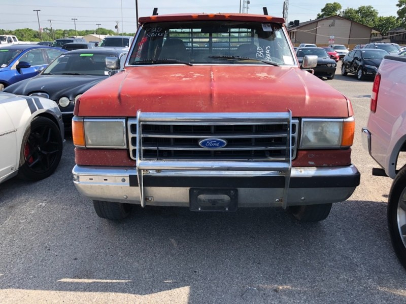 Ford F-250 1990 price $2,990