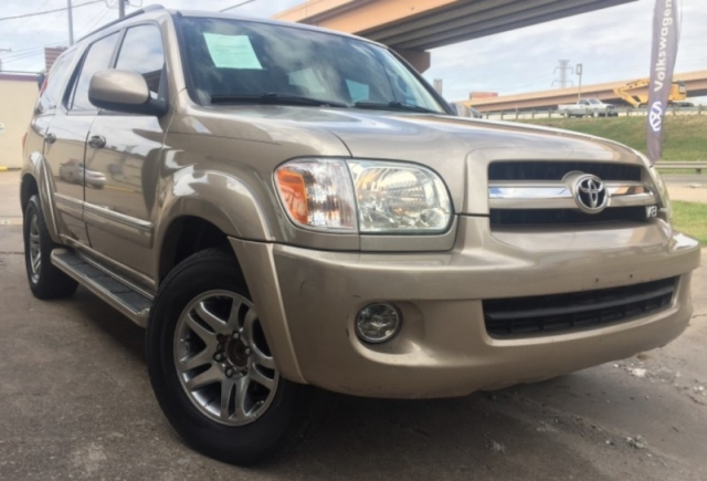 2005 Toyota Sequoia, 1-Owner Limited Leather seats 3rd Row