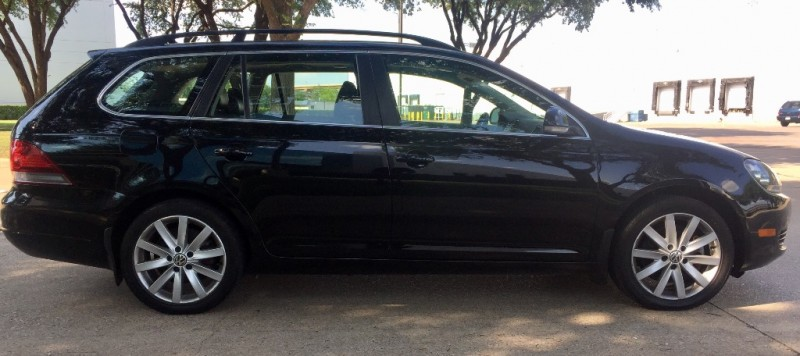 Volkswagen Jetta Wagon TDI, NAVI 2012 price $10,990
