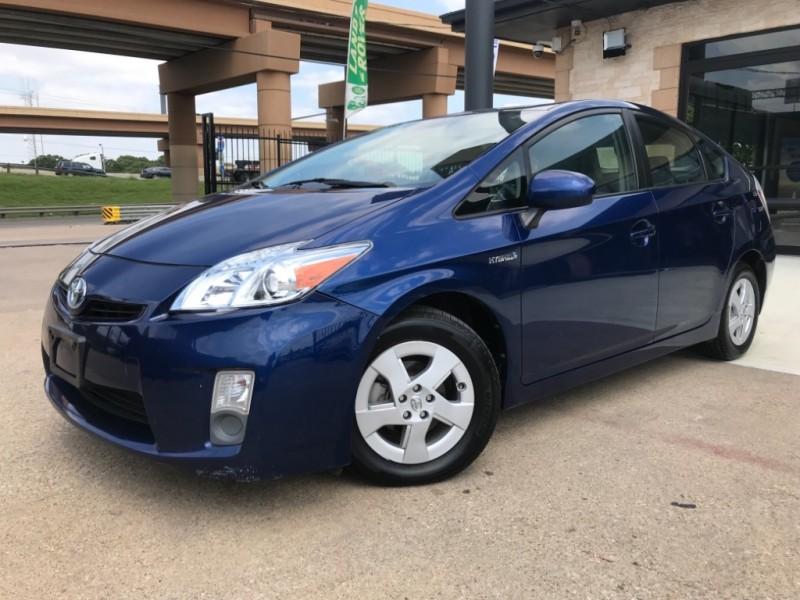 Toyota Prius 2010 price $6,290