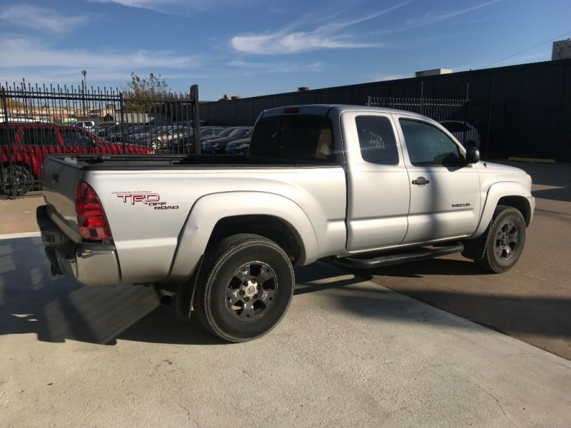 Toyota Tacoma PreRunner ONE OWNER 2005 price $6,990