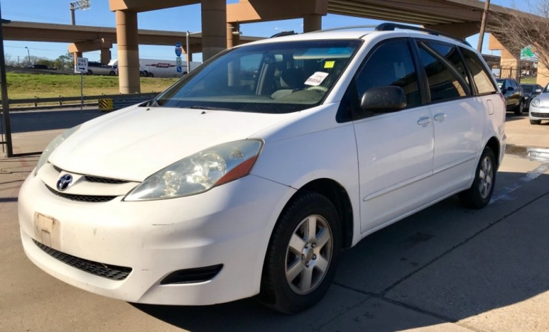 Toyota Sienna One Owner 2007 price $4,490