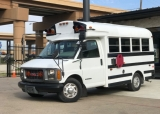GMC Savana Bus, ONE OWNER 2000