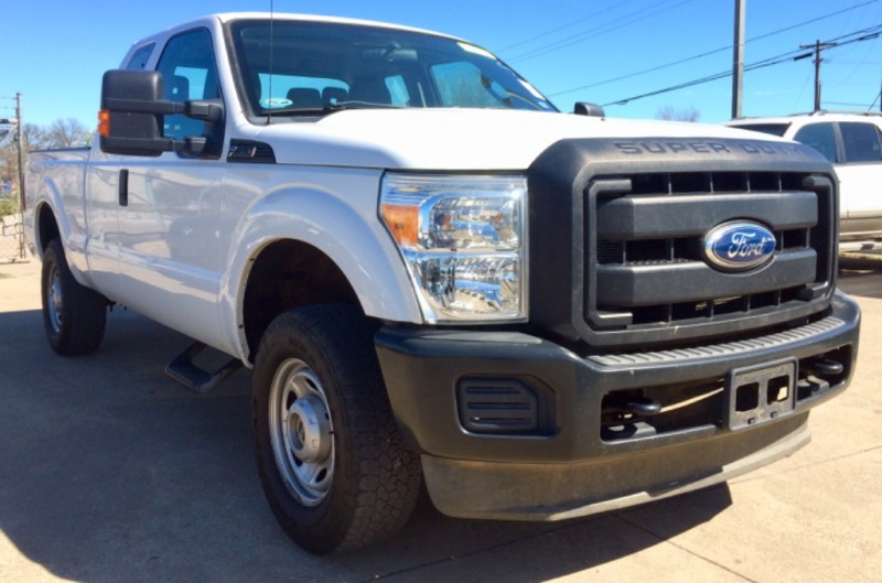 2012 Ford Super Duty F-250 4x4 SuperCab ONE OWNER Sales Team | Auto