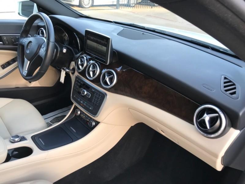 Mercedes-Benz CLA 250 Bk up Camera Nav. 2014 price $19,490