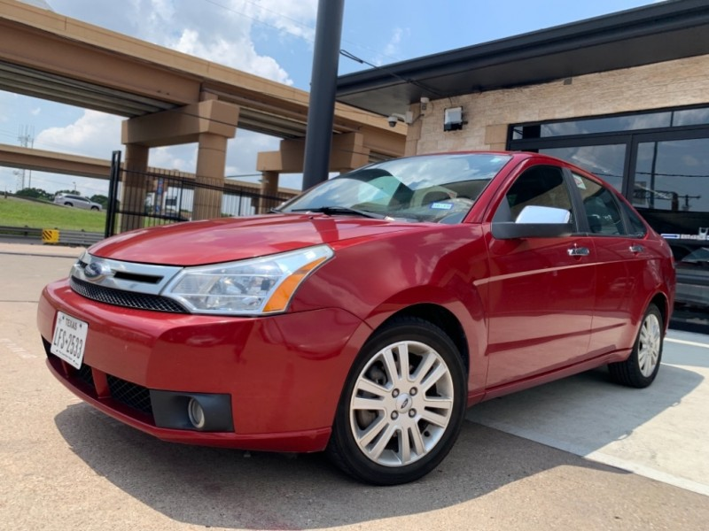 Ford Focus SEL Leather 2010 price $6,990