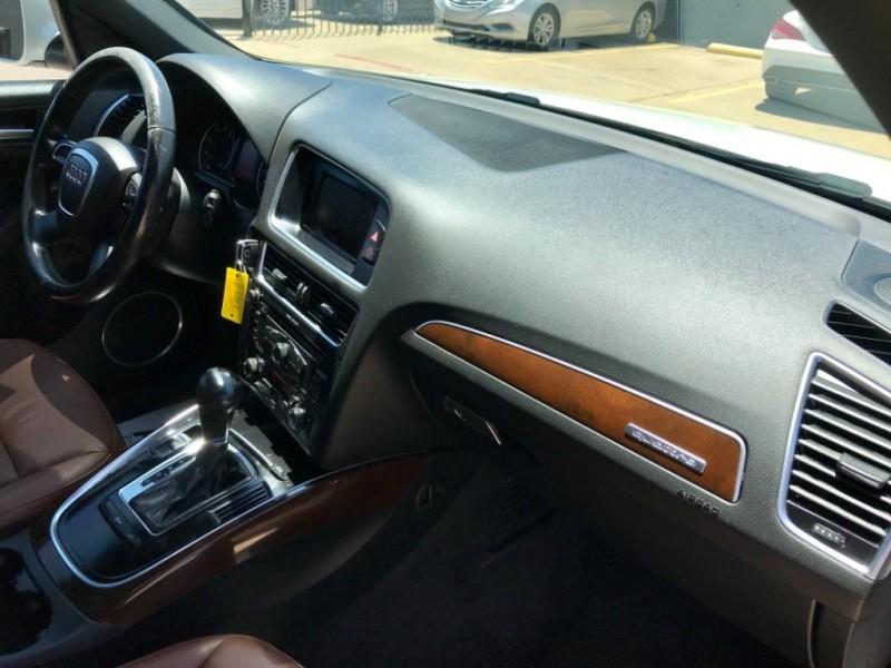Audi Q5 Quattro, Premium Plus 2012 price $9,990