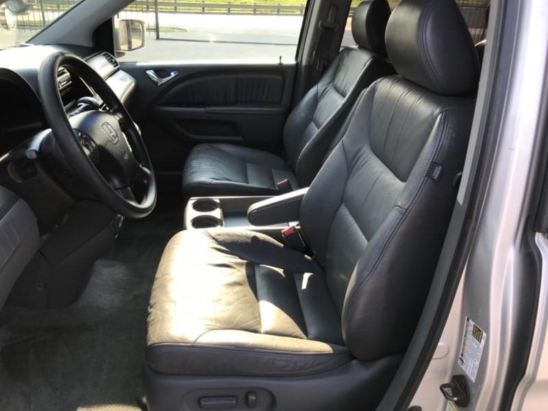 Honda Odyssey EX-L 2005 price $3,990