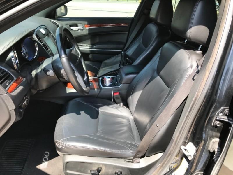 Chrysler 300, Touring 2014 price $9,990