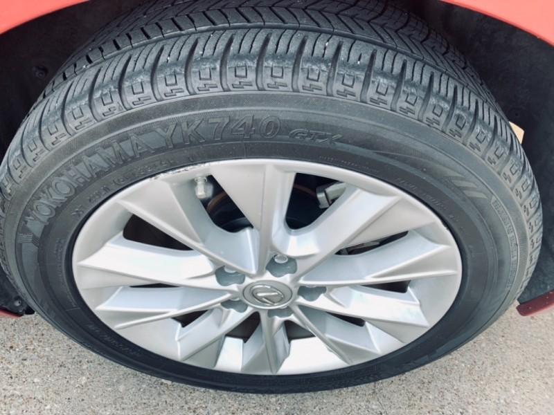 Lexus ES 300h Hybrid Nav. Bk up camera 2013 price $17,990