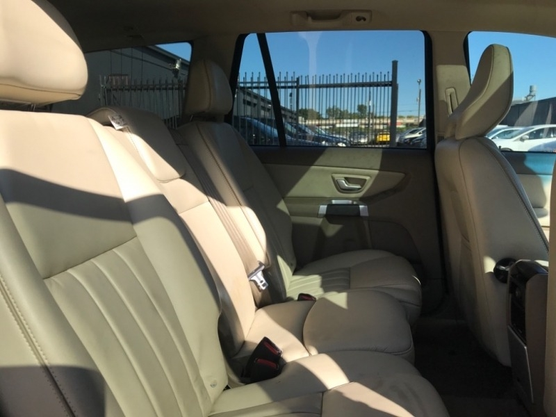Volvo XC60 sunroof 2014 price $10,990