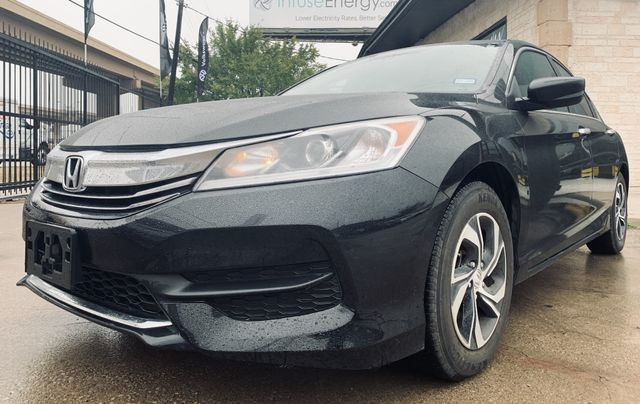 Honda Accord 2017 price $14,990