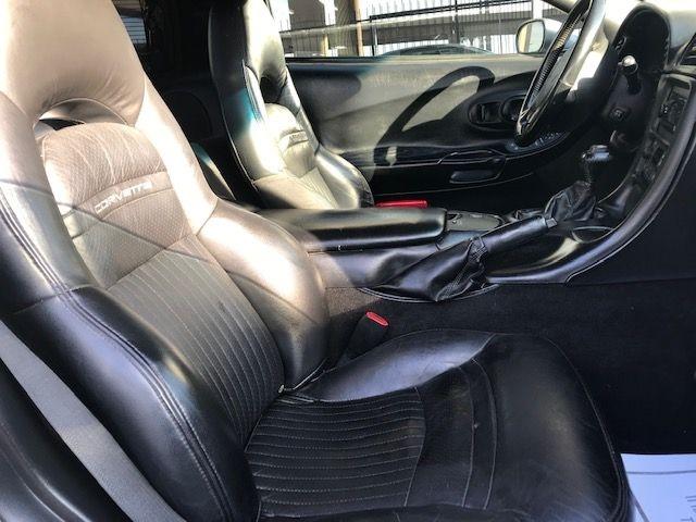 Chevrolet Corvette 2004 price $9,997