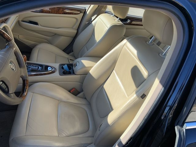 Jaguar XJ 2006 price $9,990
