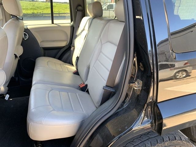 Jeep Liberty 2002 price $6,990