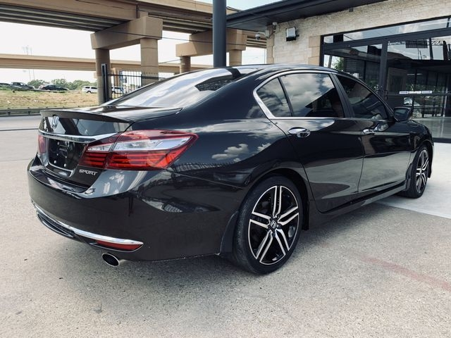 Honda Accord 2017 price $18,497