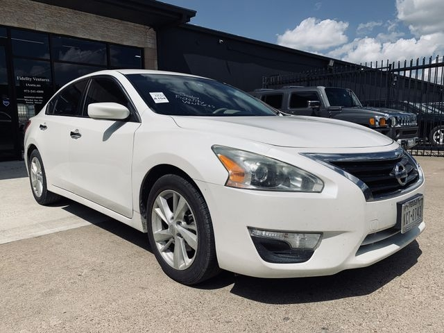 Nissan Altima 2013 price $7,990