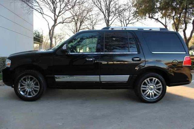 Lincoln Navigator 2008 price $8,997