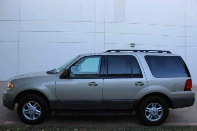 2005 Ford Expedition XLT 3rd Row