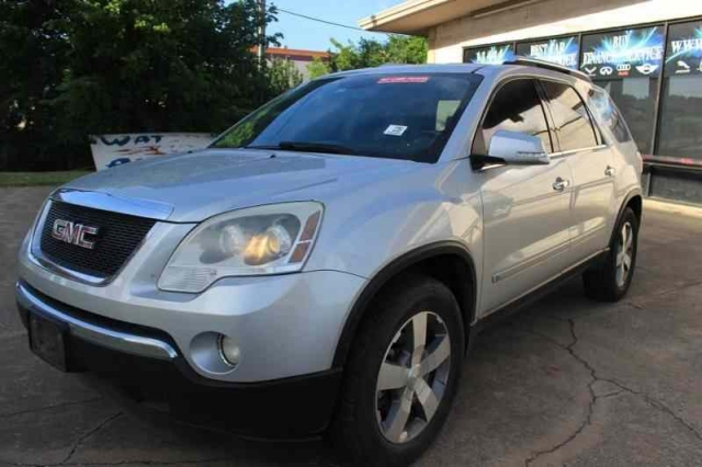 2009 GMC Acadia SLT Navigation 3RD Row One Owner