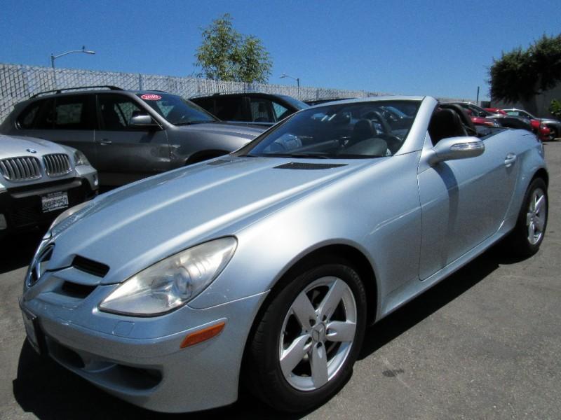 Mercedes-Benz SLK-Class 2007 price $8,888