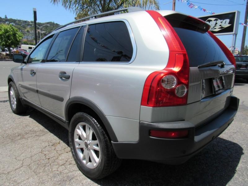 Volvo XC90 2004 price $4,888