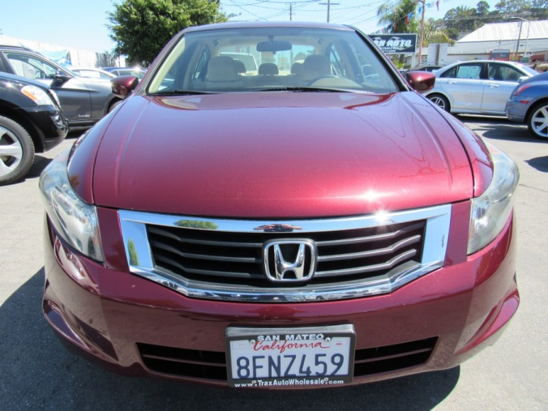 Honda Accord 2010 price $8,888