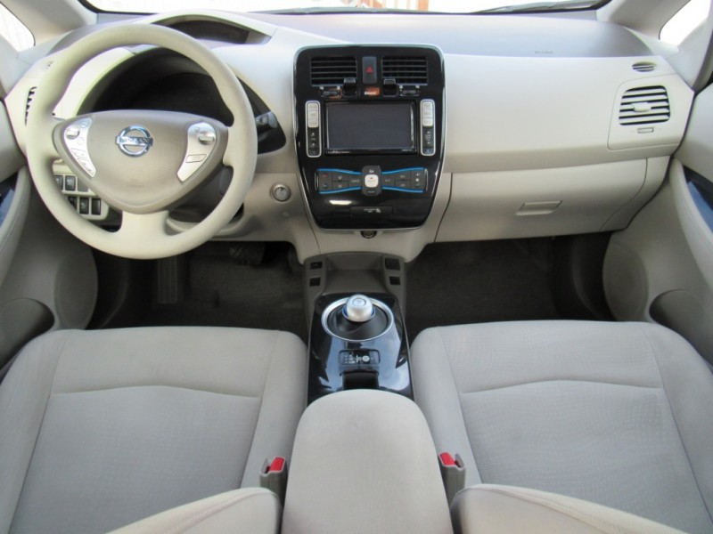 Nissan LEAF 2011 price $5,888