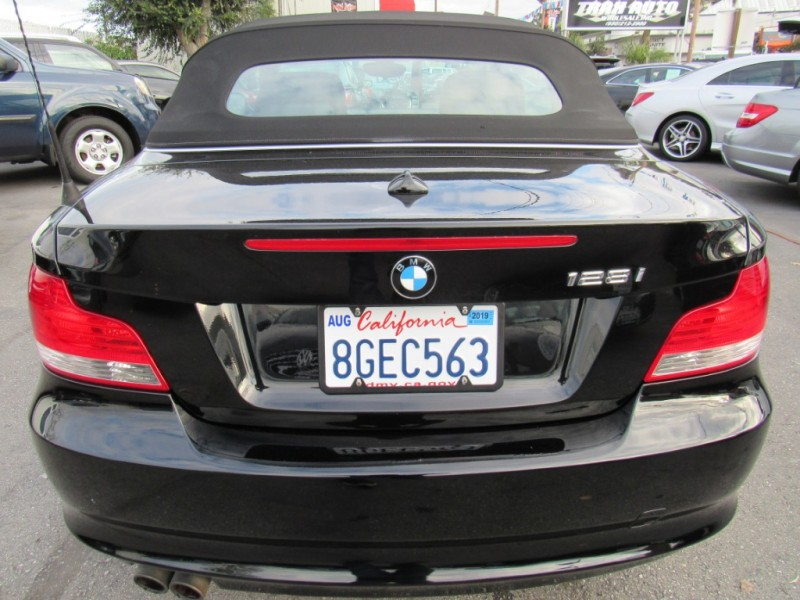 BMW 1-Series 2011 price $9,888