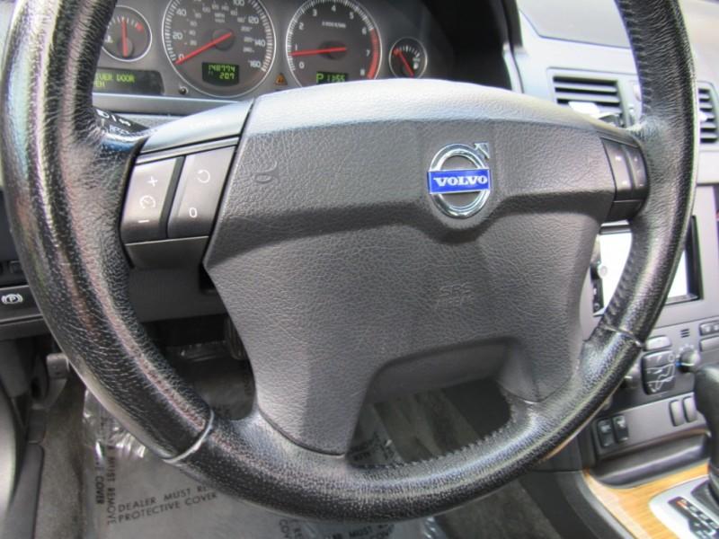 Volvo XC 90 2006 price $5,888