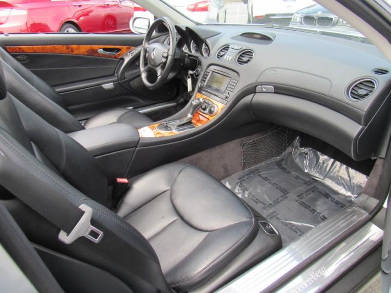 Mercedes-Benz SL-Class 2007 price $17,888