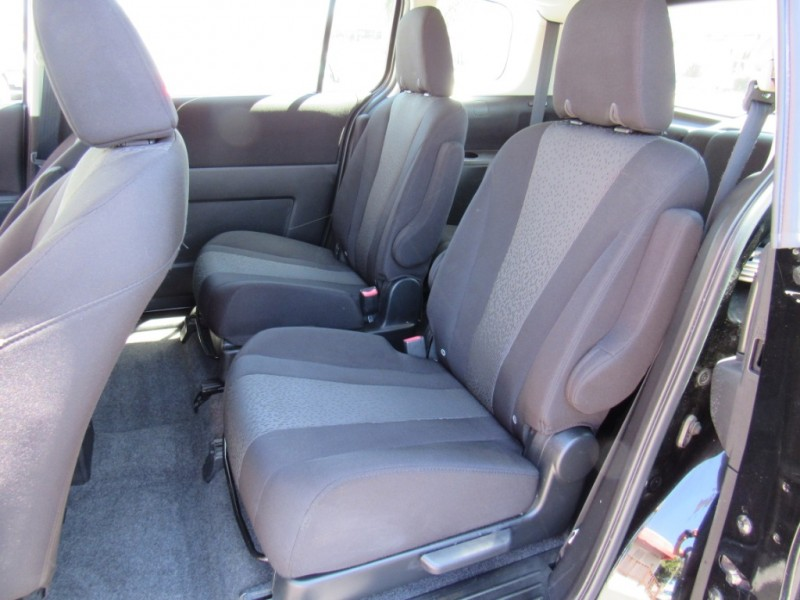 Mazda Mazda5 2012 price $9,888