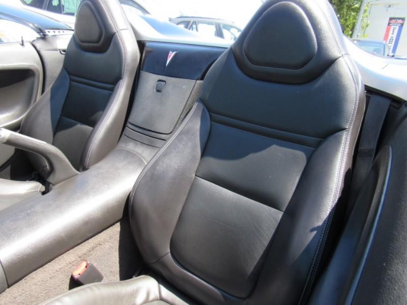 Pontiac Solstice 2008 price $7,888
