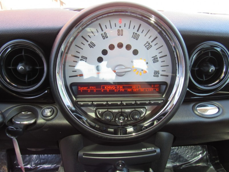 Mini Cooper Hardtop 2011 price $10,888