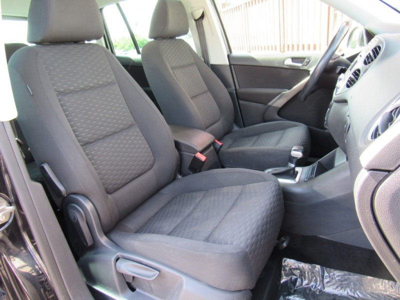 Volkswagen Tiguan 2009 price $7,888