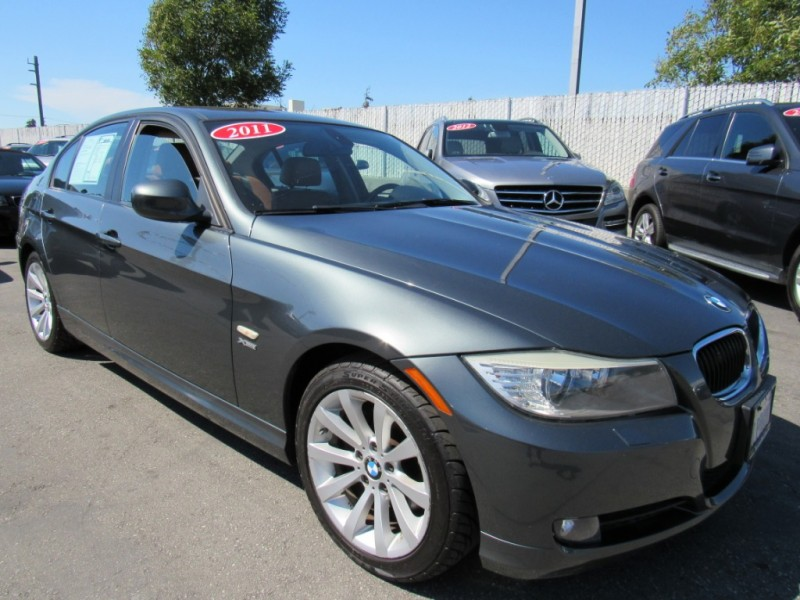 BMW 3-Series 2011 price $8,888