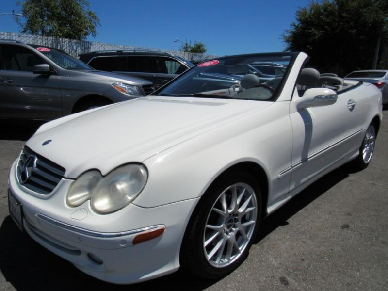 Mercedes-Benz CLK320 2005 price $6,888