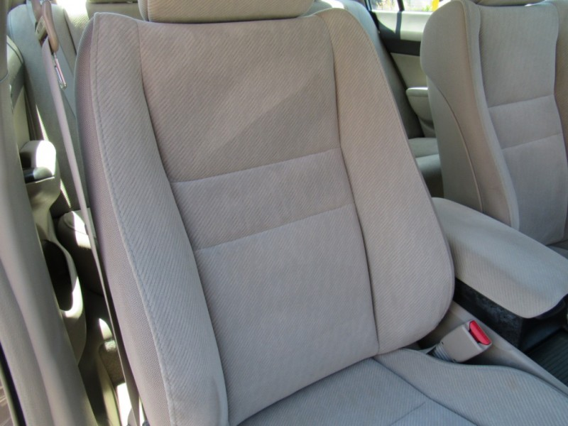 Honda Civic Sedan 2010 price $8,888