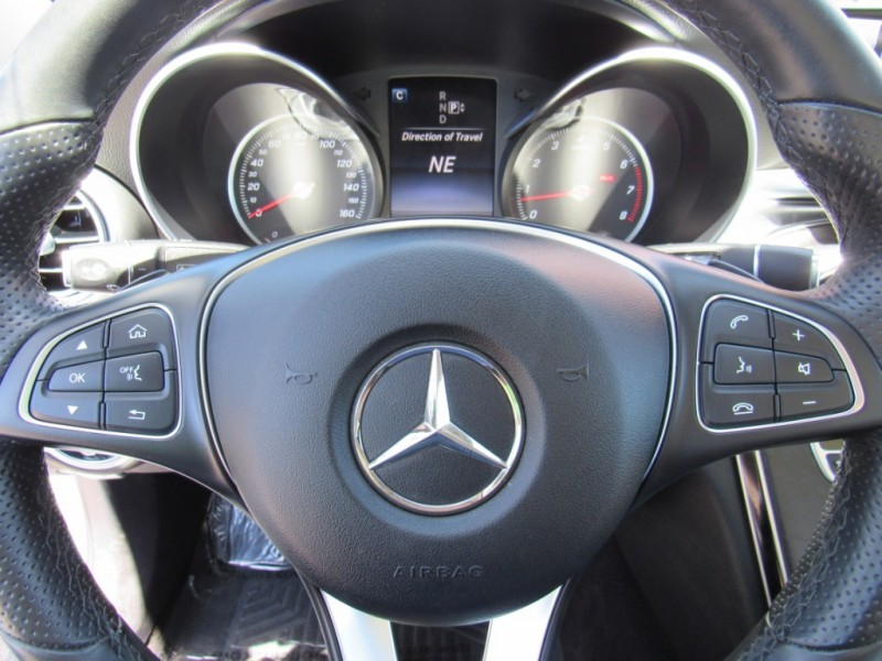 Mercedes-Benz C300 2015 price $26,888