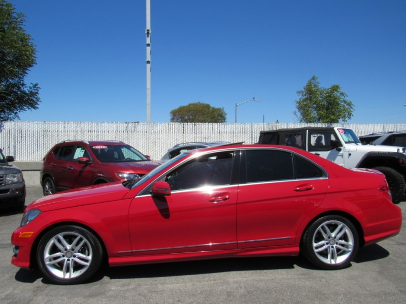 Mercedes-Benz C250 2014 price $15,888