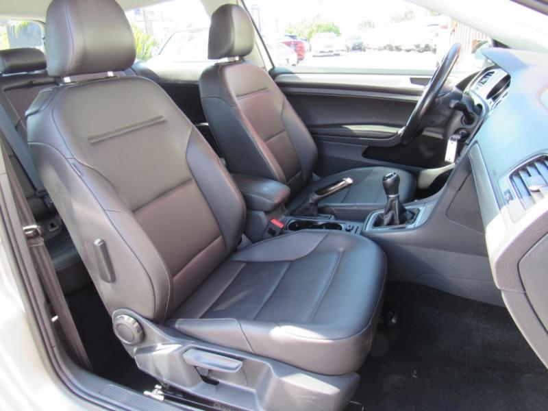 Volkswagen Golf 2015 price $12,888