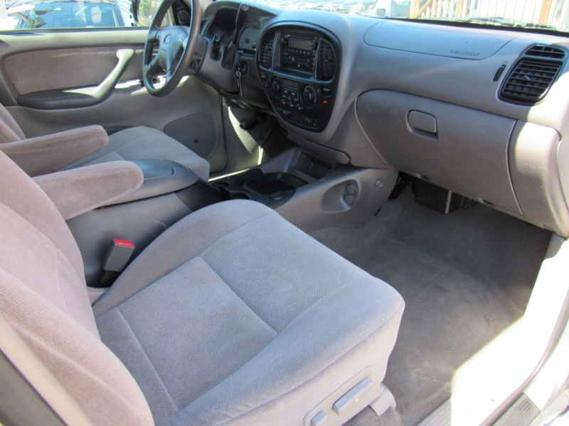 Toyota Sequoia 2002 price $6,388