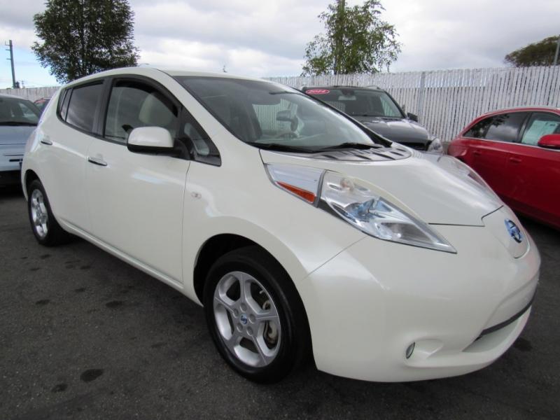 Nissan LEAF 2011 price $6,888