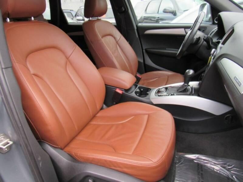 Audi Q5 2010 price $12,888
